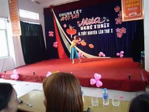Múa nghệ thuật trường THCS Quảng Thanh( múa đơn quê tôi)