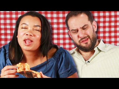 New Yorkers Try LA Pizza