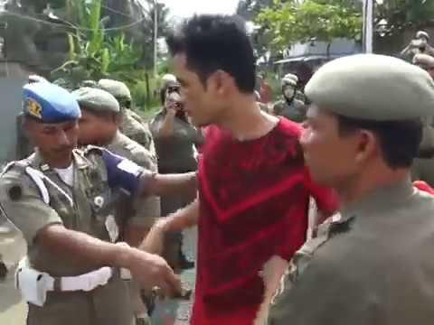 Anggota TNI Dikeroyok Satpol PP