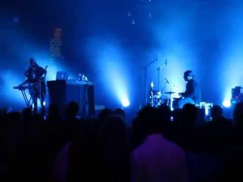 BORN IN FLAMEZ live - Nomansland at MOERS...