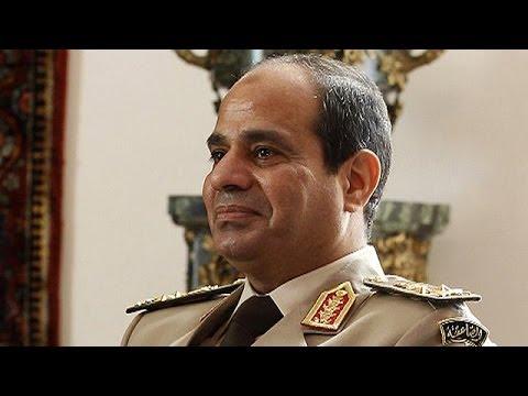 Amerikan Yanlısı Darbeci Sisi Mısır'da Halk Tarafından Protesto Ediliyor