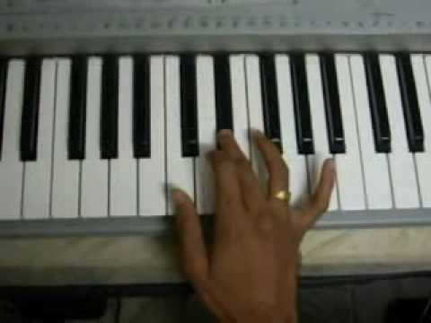 Oru chinna thaamarai on keyboard.mp4