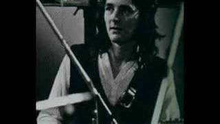 Watch Roger Hodgson Along Came Mary video