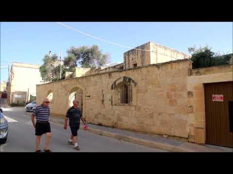 Walking through Mqabba