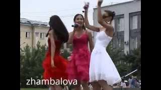 2012 Улан-Удэ летом Лаккитон бурятская девичья популярная группа/праздник свадеб/
