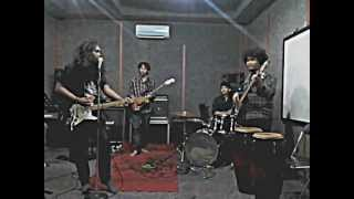 AEK KAPUAS cover by @forumnelayan @kampoengberisik and LONDON TWILIGHT ORCHESTRA