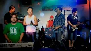 Saiz Badan 40-40 - Oliver Muji & Peter Kimara (Karaoke Versi Ori)