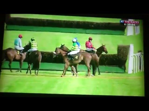 Punter Disgusted At Worcester Horse Racing Result!