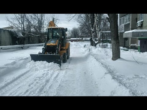 9-channel.com: Вихідними автошляхи Дніпропетровщини прибирали 168 снігоочисних машин