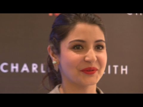 Anushka Sharma Opens up About Her 'Controversial' Lip Job !