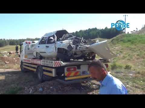 Otomobil Devrildi Yaralı Şahıs İtfaiye Ekiplerinin Uzun Uğraşı Sonucu Sıkıştığı Yerden Çıkarıldı