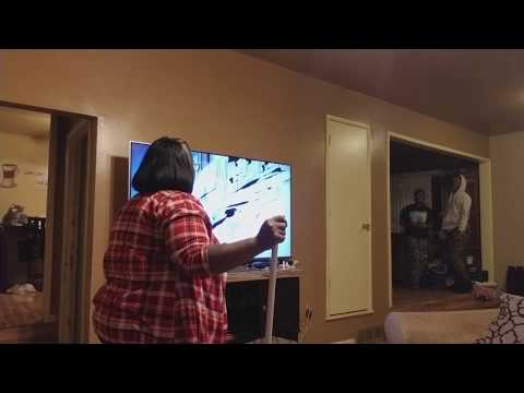 Epic Broken TV Prank On Mom😱😱🤣(MUST WATCH!!!! )