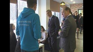 В Нижнекамске президент РТ посетил школу молодых предпринимателей