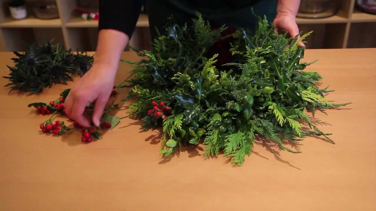 How to make a fresh christmas wreath - How To Make A Fresh Christmas Wreath