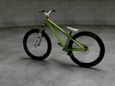 Zigzag Street Dirt Bicycle Animation Rendering Youtube