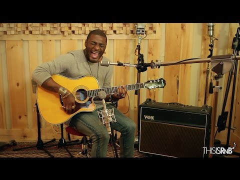 """Timothy Bloom Performs Acoustic Cover of """"Turn Your Lights Down Low"""" on ThisisRnB Sessions"""