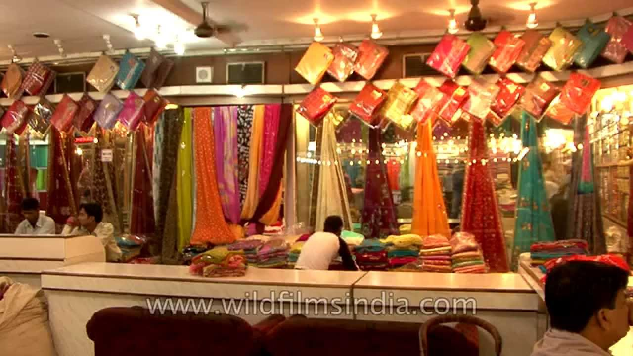 Banarasi sarees for sale in varanasi