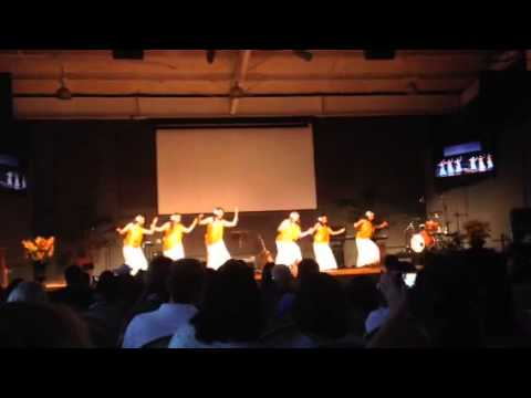Hula Dance - University of the Nations - This is how we wor