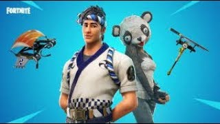!! Playing with the new skin *OSO PANDA* in fortnite!!