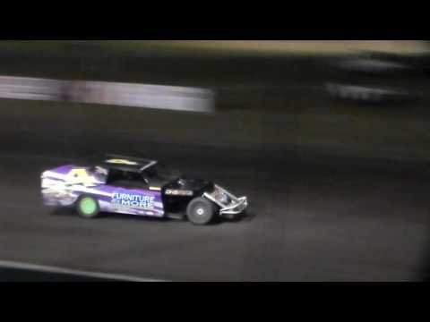 Modified Bmain 3 @ Hancock County Speedway 06/28/16