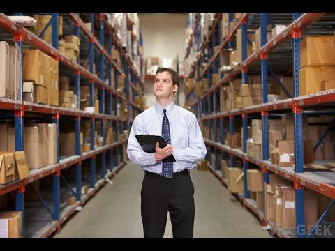 What are the duties of a storekeeper?
