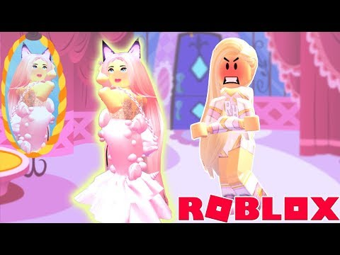 The Mean Girl Told Me I Couldn't Buy The NEW Skirts But I Did Anyway... Royale High Roblox Roleplay