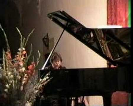 Irina Zaritskaya playing a fragment of Nocturne by Chopin in Valldemossa 1995.