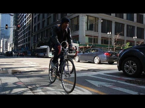The successes and perils of Chicago's bike system