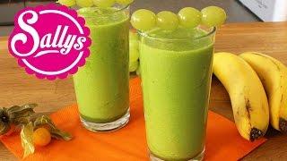 grüner Smoothie mit Spinat und Ananas