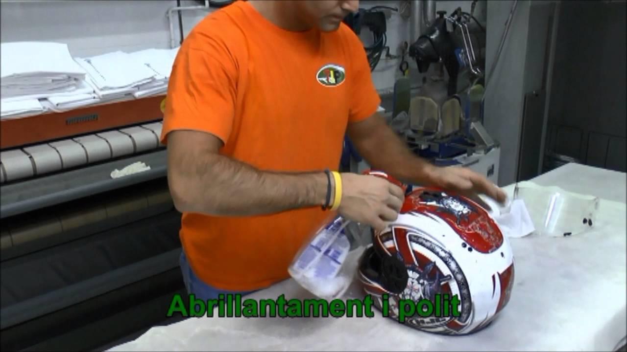 Limpieza cascos de motorista en barcelona tintoreria industrial penalba youtube - Agencias de limpieza barcelona ...