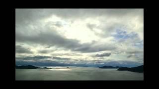 写真家・村上宏治の「微速度撮影動画」です。 これは1枚1枚の写真です。 微速度撮影でしか表現出来ない、写真1枚に対する質感・情景にこだわり撮影しています。