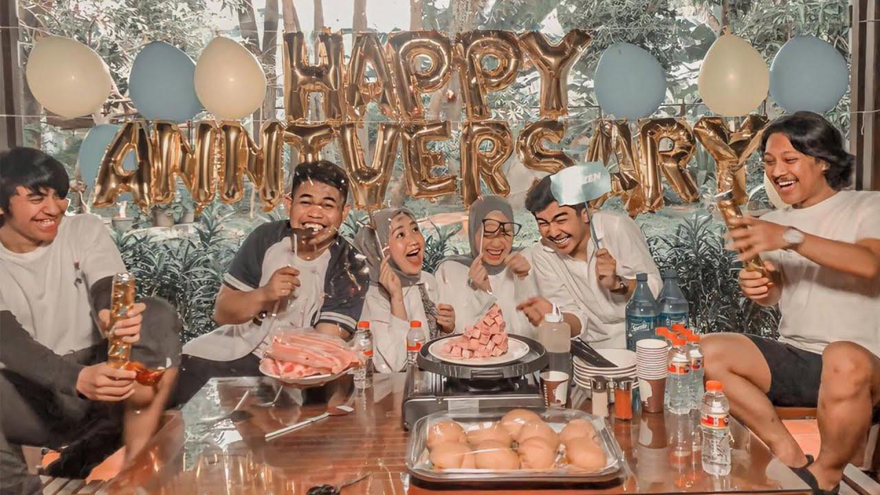 HAPPY 1st ANNIVERSARY !!! DUO PENGACARA DAPET SURPRISE!