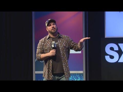 Garth Brooks makes SXSW announcement