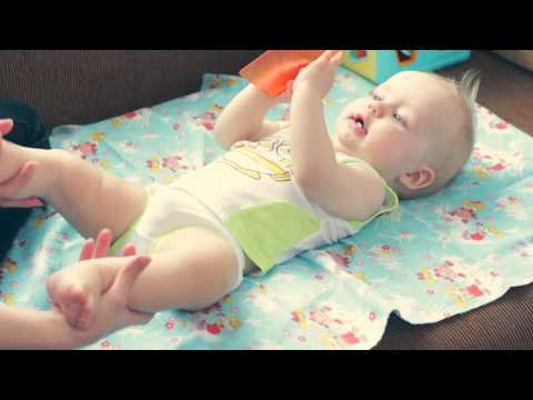 Гимнастика для детей 6 - 9 месяцев.