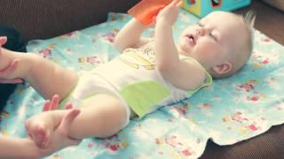 Гимнастика для детей 6 - 9 месяцев.(Мы с Давидом покажем вам упражнения для физического развития вашего ребеночка!))) Заранее извиняюсь за огов..., 2015-04-24T10:33:34.000Z)