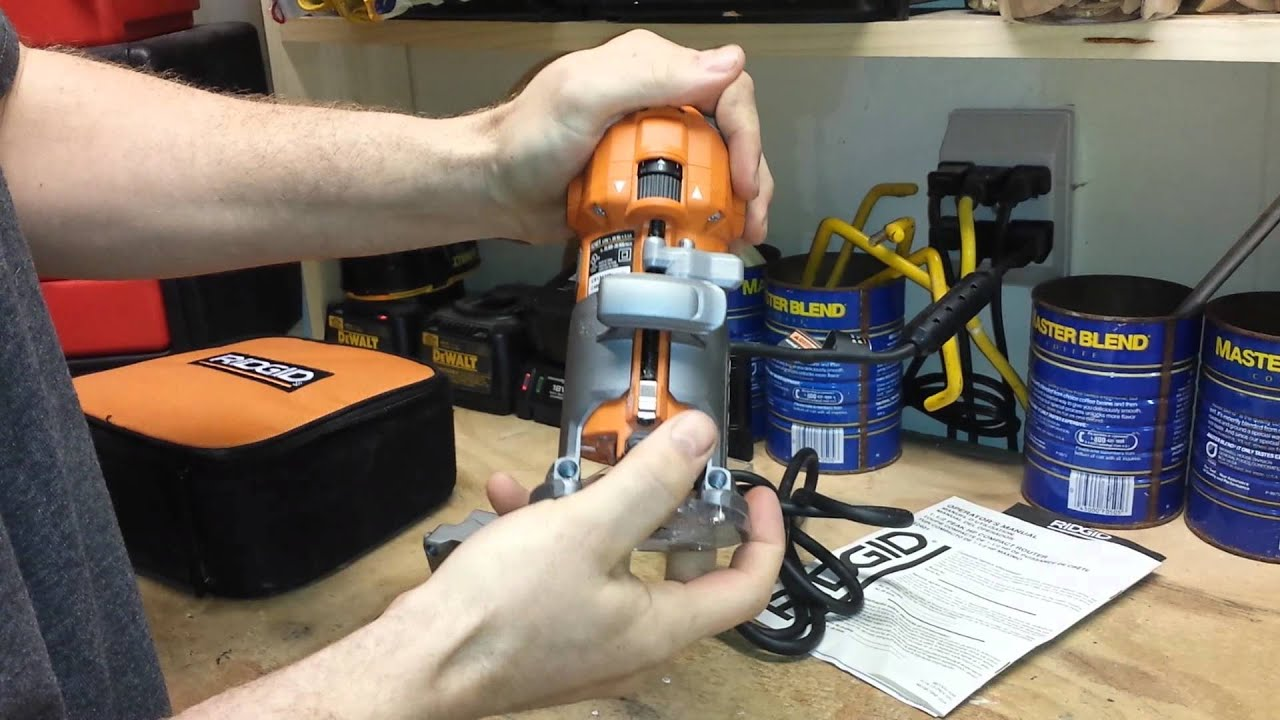 Ridgid 1 1 2 Hp Compact Router Youtube