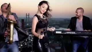 Repeat youtube video Maya Berovic - Decko za provod - (Official Video ARTWORK 2014)