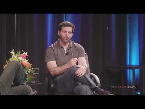 The New Leader: Harnessing Wisdom and Compassion   Jeff Weiner, Soren Gordhamer