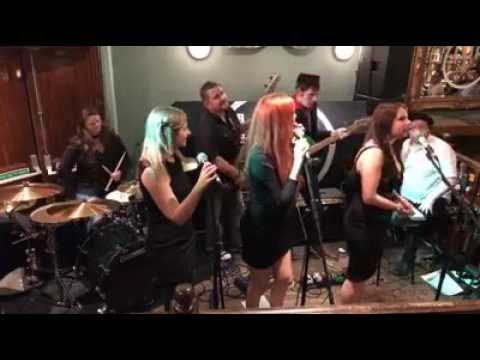 TIMELESS Live at Little Johnny Russells