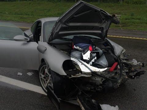покатался на роликах... кузовной ремонт в москве порш 911. замена морды.