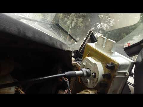 #нива#нивавод#спидометр#датчик Нива 21214 замена троса спидометра и датчика скорости..