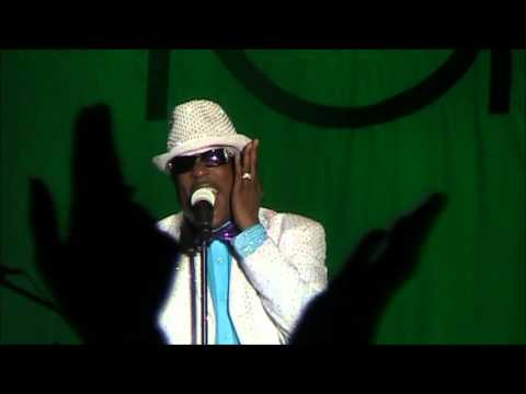 Charlie Wilson ( I Can't Live WithOut You ) Live 2012