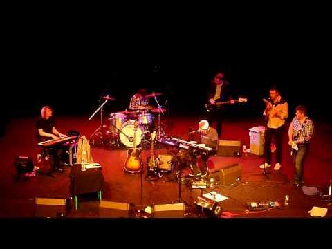 Badly Drawn Boy - Silent Sigh live London 2010