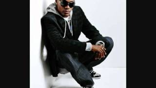 Watch Wayne Wonder Bounce Along video