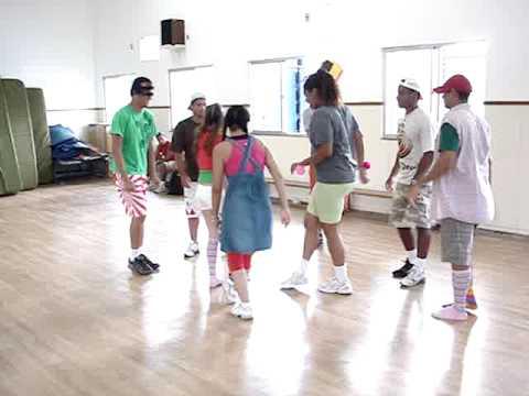 Apresentação de dança - Escola Jordão de YouTube · Duração:  3 minutos 41 segundos