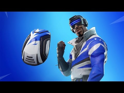 *NEW* FREE BLUE STRIKER SKIN & WINGMAN STARTER PACK IN FORTNITE!