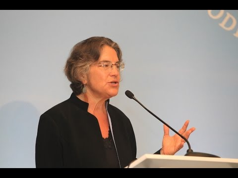 Phyllis Bennis (USA) - Fellow, Institute for Policy Studies & Transnational Institute