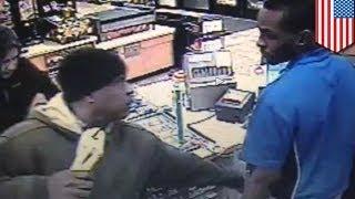 Продавец не дал вооружённому наркоману ограбить магазин(Полиция опубликовала запись камеры видеонаблюдения, на которой в городе Анн-Арбор штата Мичиган мужчина..., 2014-05-27T09:40:36.000Z)