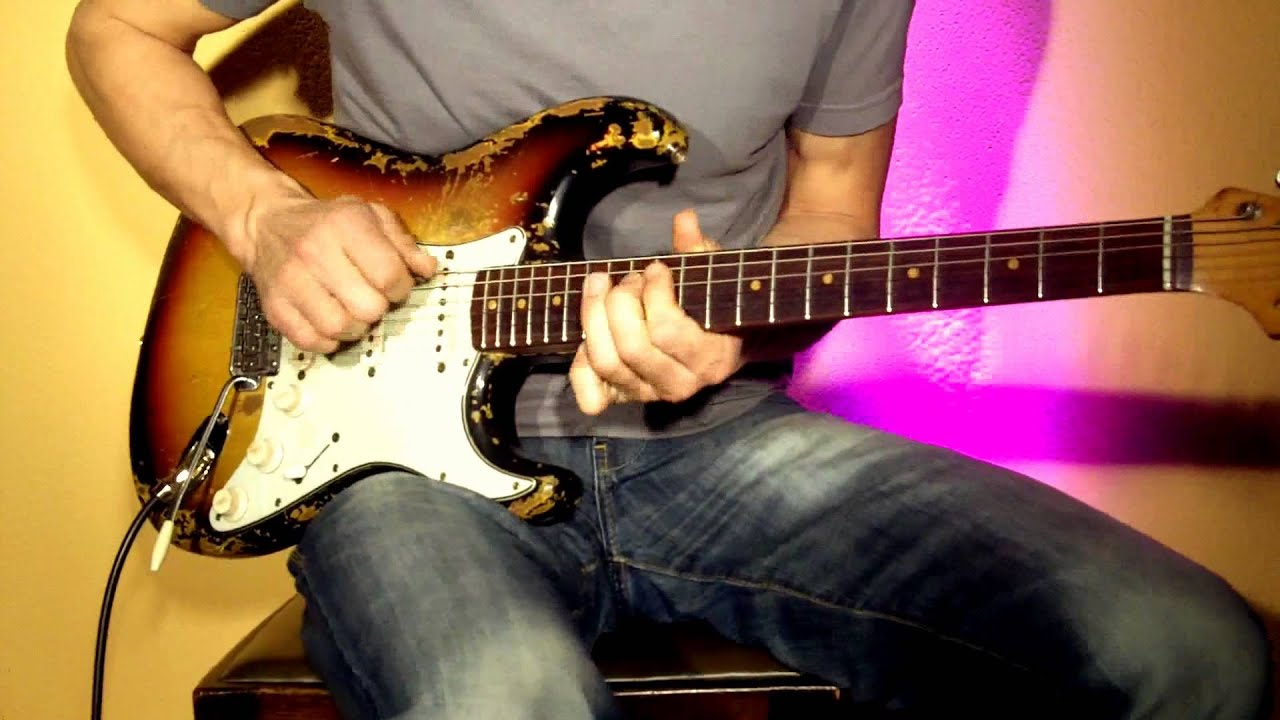 how to play blues on electric guitar for beginners the outstanding guitar video course youtube. Black Bedroom Furniture Sets. Home Design Ideas