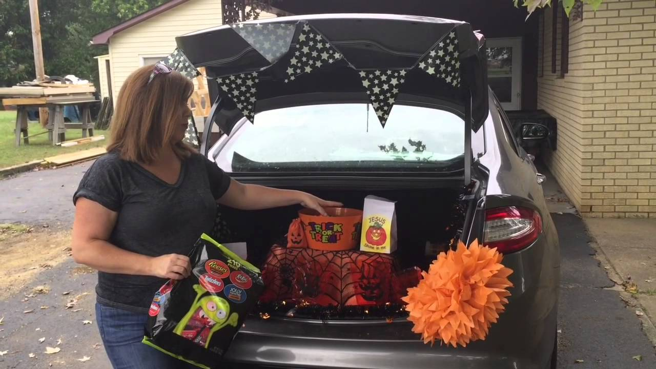 how to decorate your trunk for trunk or treat